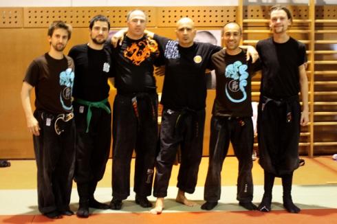 Grupo representante de Uma Ryu con Pedro Fleitas